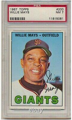 1967 Topps Willie Mays #200 (Hall of Fame) PSA NM 7 San Francisco Giants