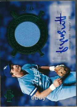 2005 UD Hall of Fame Cooperstown Calling Material George Brett Auto Jsy /15