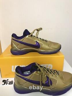 Nike X Undefeated Kobe V Protro HALL OF FAME IN HAND SHIPS SAME DAY SIZE 10.5